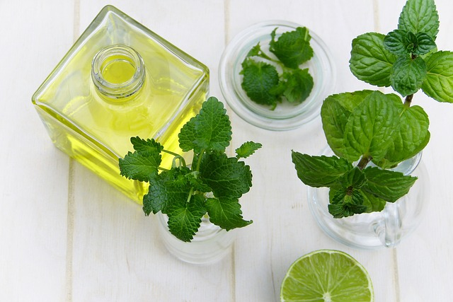 If you want to relax before bed and cradle your body to sleep, use etheric oils from lemon balm